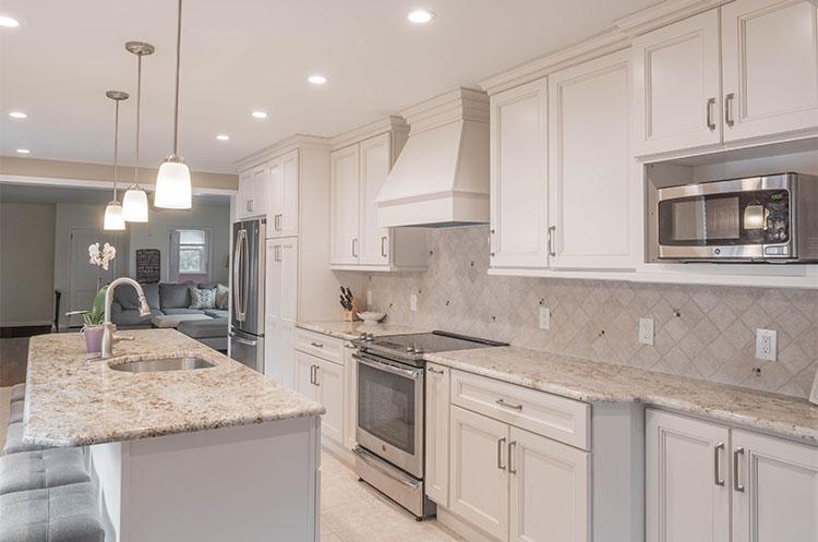 Traditional Kitchen Design. Broad Street, Northfield NJ